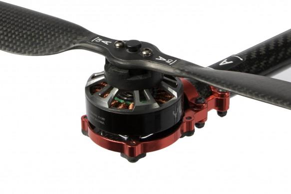 quick-release-propeller-tornado-h920-Plus-aeroMind.jpg
